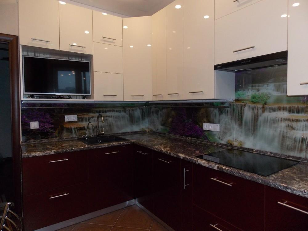 Акриловые кухни-Кухня из пластика «Модель 137»-фото1