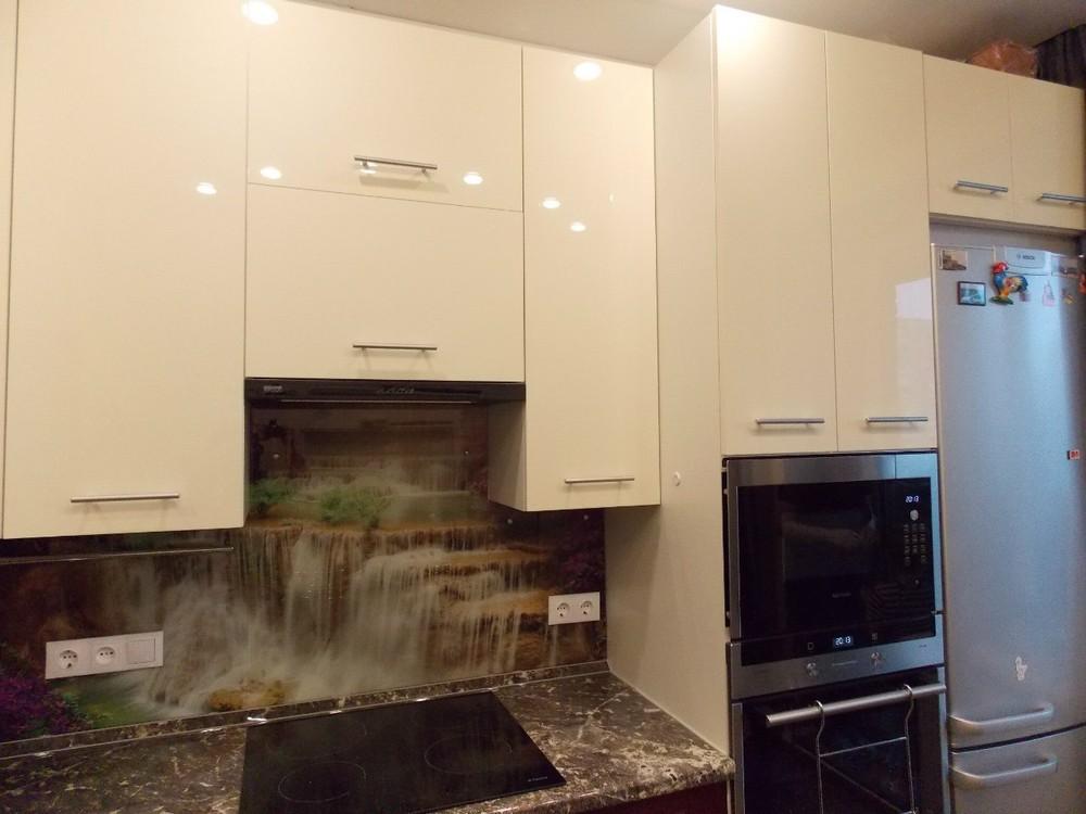 Акриловые кухни-Кухня из пластика «Модель 137»-фото4