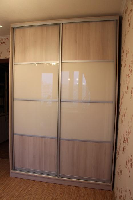 Встроенные шкафы-купе-Шкаф-купе из стекла Лакобель «Модель 21»-фото1