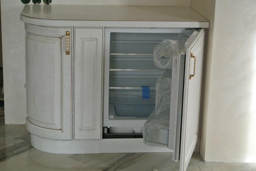 Белый кухонный гарнитур-Кухня из массива «Модель 179»-фото6