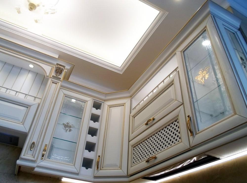 Белый кухонный гарнитур-Кухня из массива «Модель 152»-фото6