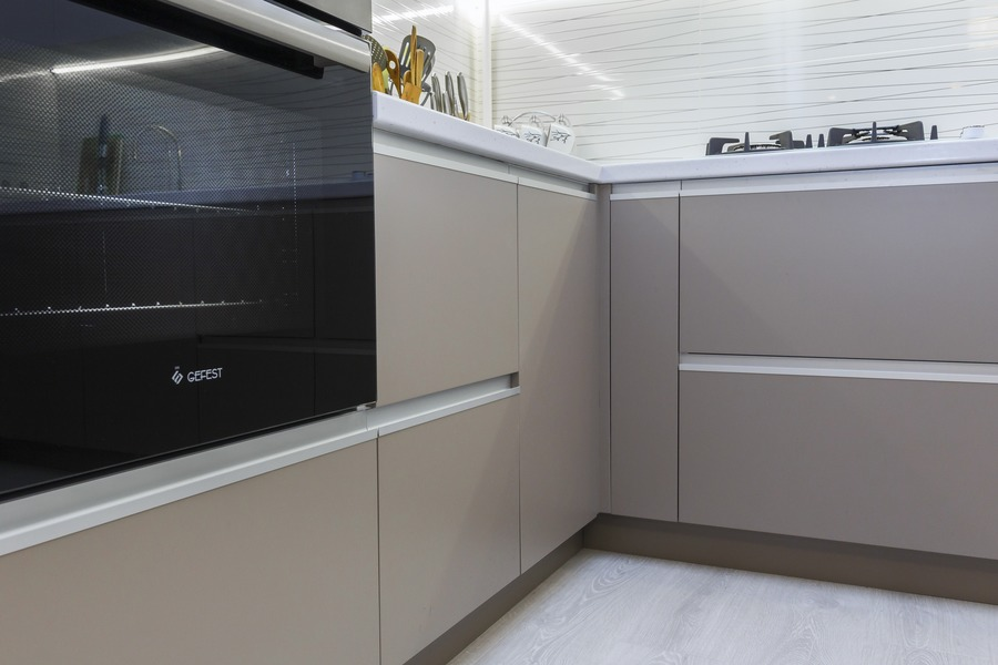 Белый кухонный гарнитур-Кухня МДФ в ПВХ «Модель 9»-фото6