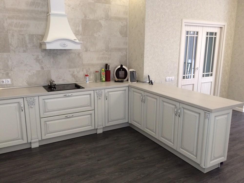 Белый кухонный гарнитур-Кухня из массива «Модель 109»-фото3
