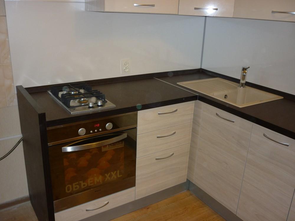 Белый кухонный гарнитур-Кухня МДФ в ПВХ «Модель 208»-фото2