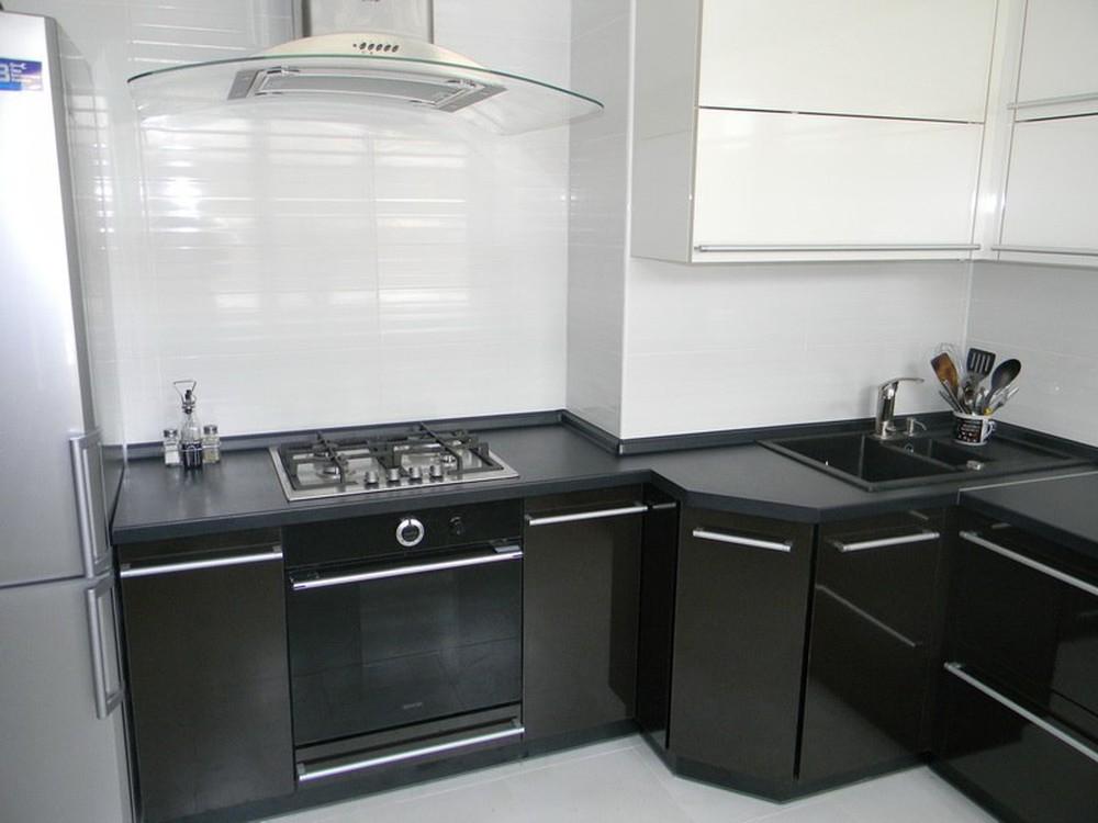 Встроенная кухня-Кухня МДФ в эмали «Модель 257»-фото3