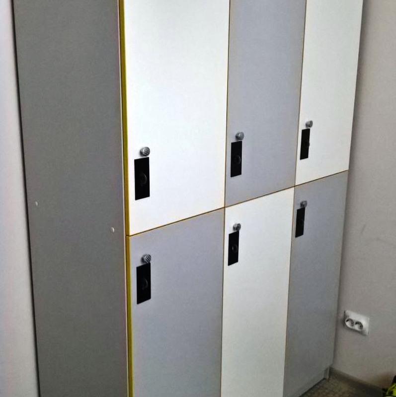 Торговая мебель-Шкафчики для раздевалки «Модель 163»-фото3