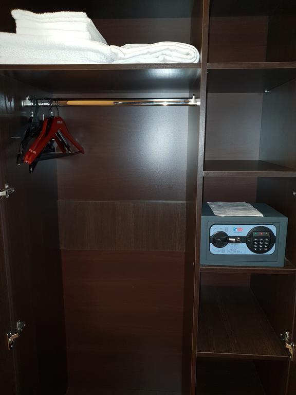 Торговая мебель-Мебель для гостиницы «Модель 221»-фото2