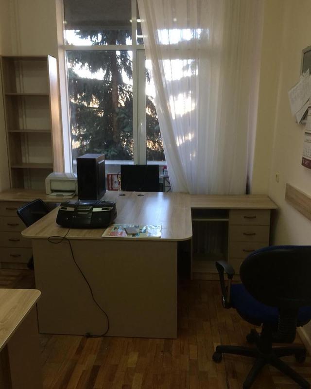Офисная мебель-Офисная мебель «Модель 18»-фото1
