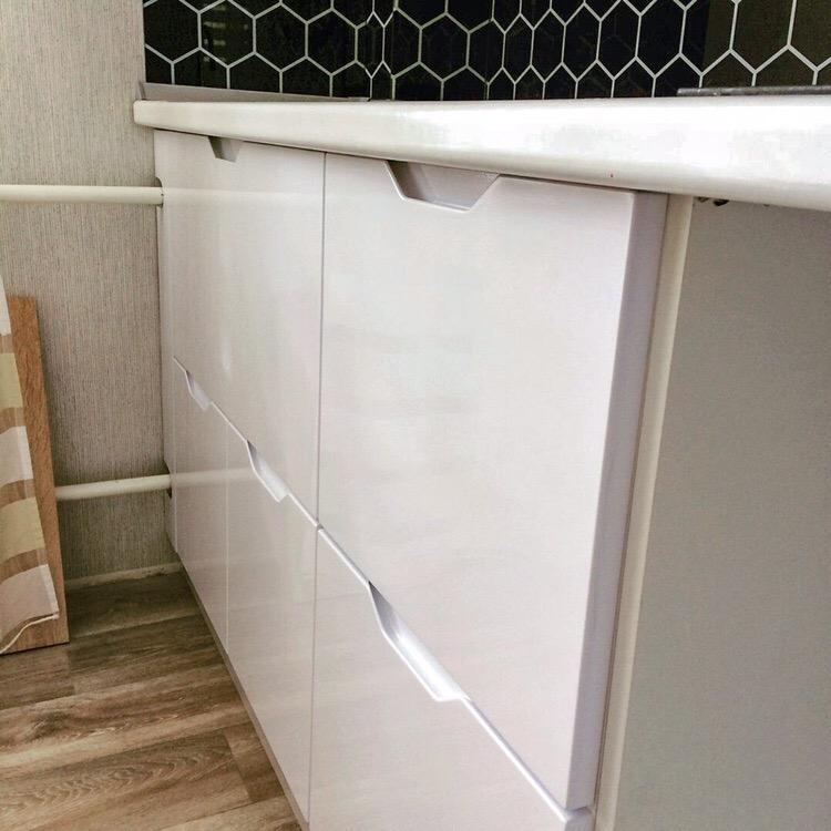 Белый кухонный гарнитур-Кухня МДФ в эмали «Модель 421»-фото5