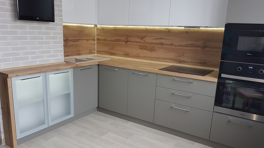 Белый кухонный гарнитур-Кухня из пластика «Модель 374»-фото1