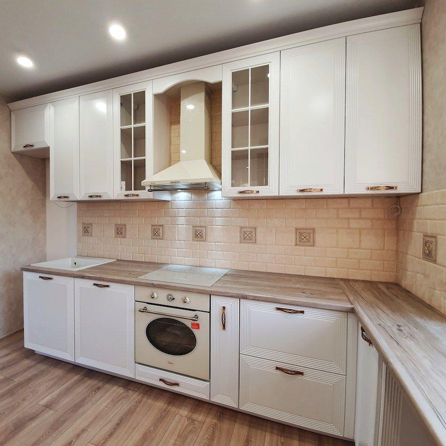 Белый кухонный гарнитур-Кухня МДФ в эмали «Модель 530»-фото2