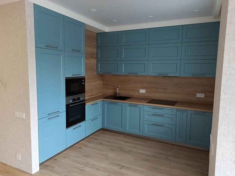 Классические кухни-Кухня МДФ в эмали «Модель 586»-фото2