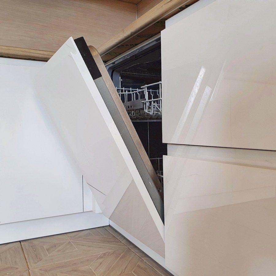 Белый кухонный гарнитур-Кухня МДФ в эмали «Модель 543»-фото6