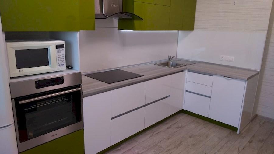 Белый кухонный гарнитур-Кухня из пластика «Модель 572»-фото9
