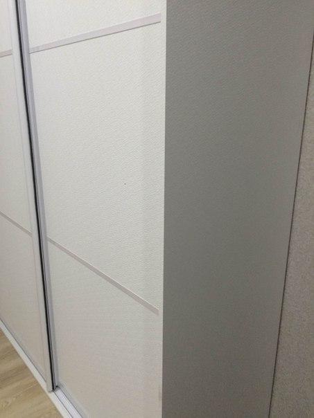 Белые шкафы-купе-Шкаф-купе из стекла Лакобель «Модель 138»-фото3
