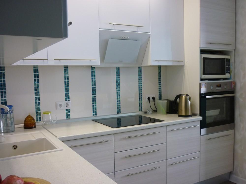 Белый кухонный гарнитур-Кухня МДФ в ПВХ «Модель 180»-фото3
