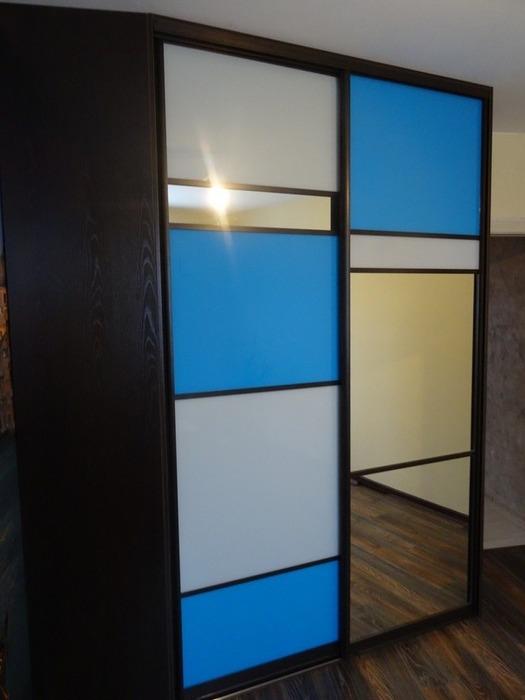 Встроенные шкафы-купе-Шкаф-купе с зеркалом «Модель 45»-фото1