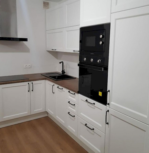 Белый кухонный гарнитур-Кухня МДФ в эмали «Модель 674»-фото4